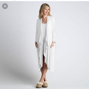 UGG Womens White long cocoon robe size XS